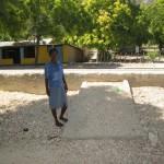 Construcción de escalones para facilitación del acceso de la vivienda a la carretera