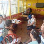 Sesion de trabajo del grupo de Mejoramiento de Vida de Santa Rita